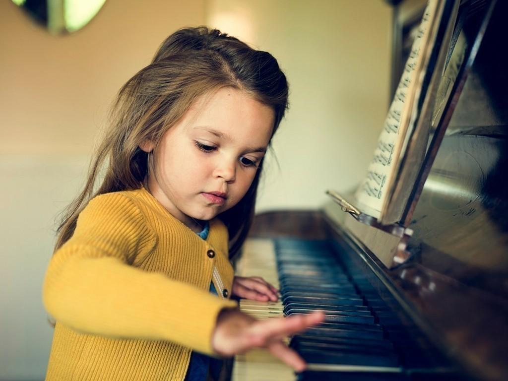 Как учить ребенка спонтанному называнию?