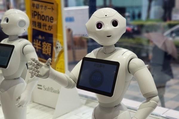Со следующего месяца в метро Токио будут работать роботы