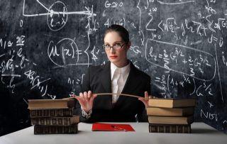 Нормально ли задать вопрос учителю в соц. сетях?