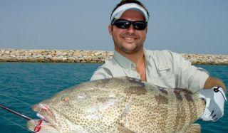 Как порыбачить на яхте в ОАЭ?