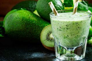 Какая польза от зеленых коктейлей?