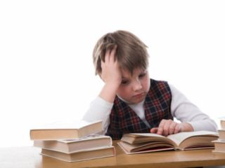 Как приучить ребенка писать чисто в тетрадях?