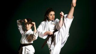 Стоит ли отдавать девочку в боевой спорт?