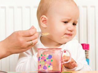 Почему ребенок отказывается есть?