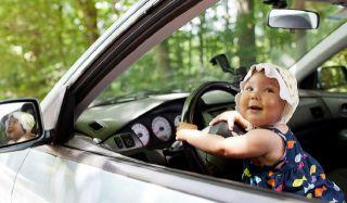 Путешествуем с детьми на машине — что важно знать?