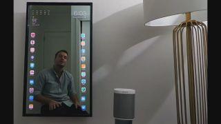 Умное зеркало Mirror One: особенности и функционал